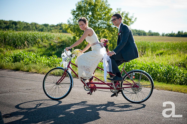 Minneapolis-Farmhouse-Wedding-Photography_0030.jpg