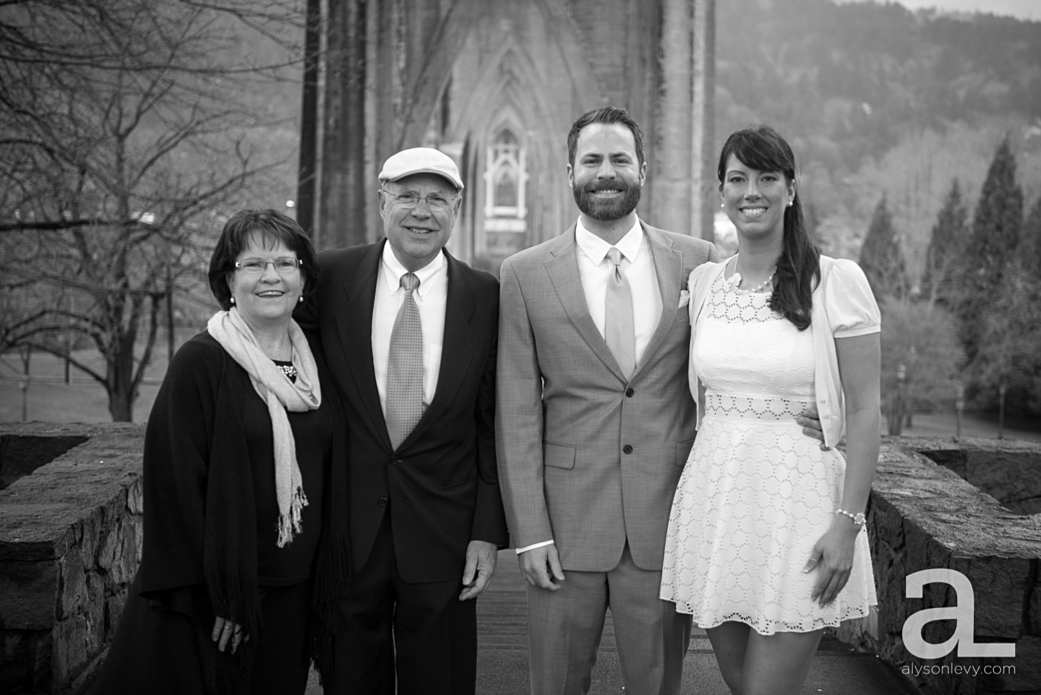 Cathedral-Park-Wedding-Photography_0006.jpg