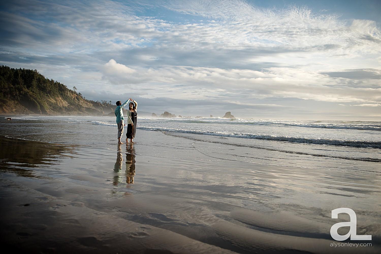 Oregon-Coast-Engagement-Photography_0014.jpg
