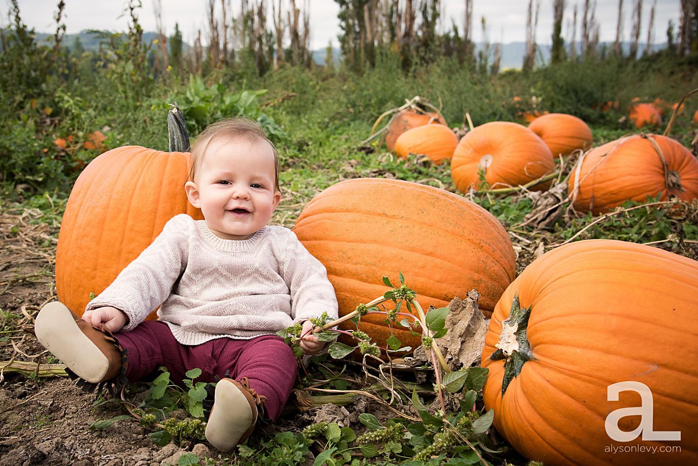 Sauvie-Island-Pumpkin-Patch-Family-Photography_0011.jpg