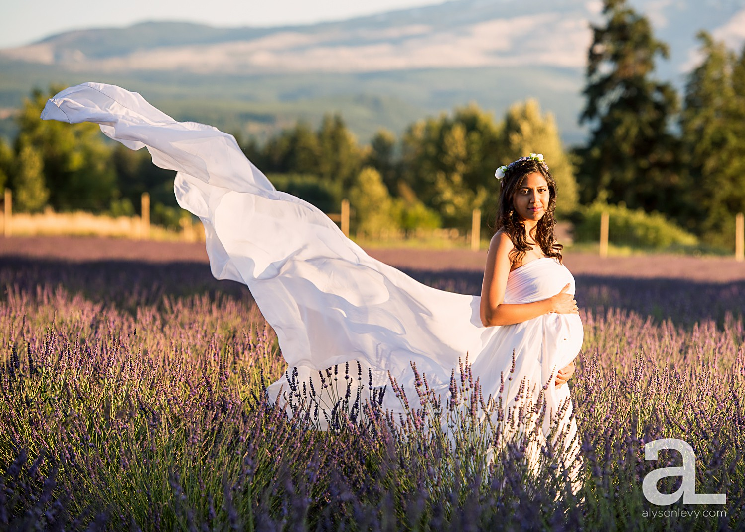 Hood-River-Lavender-Valley-Maternity-Photography_0007.jpg