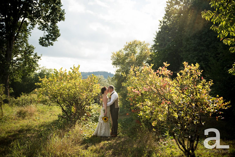 Sauvie-Island-Wedding-Photography_0011.jpg