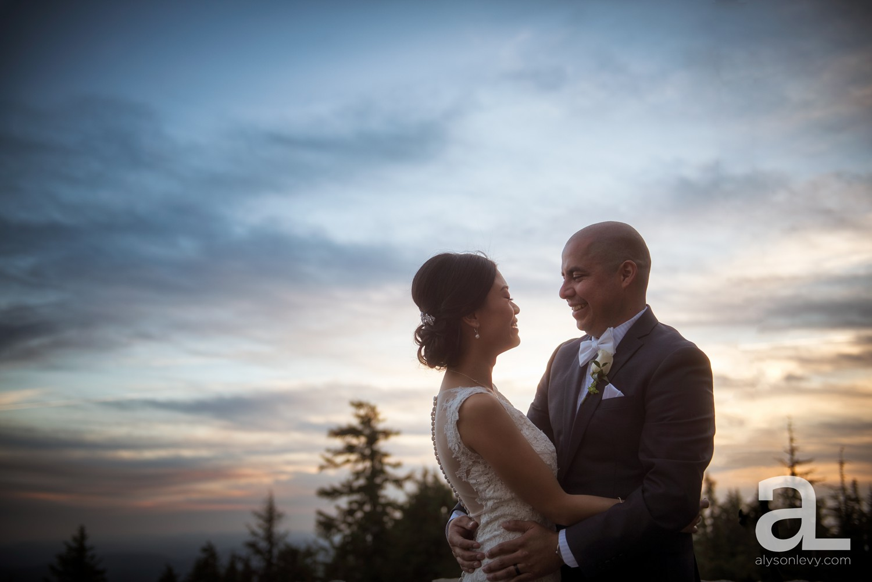 Timberline-Lodge-Wedding-Photography_0043.jpg