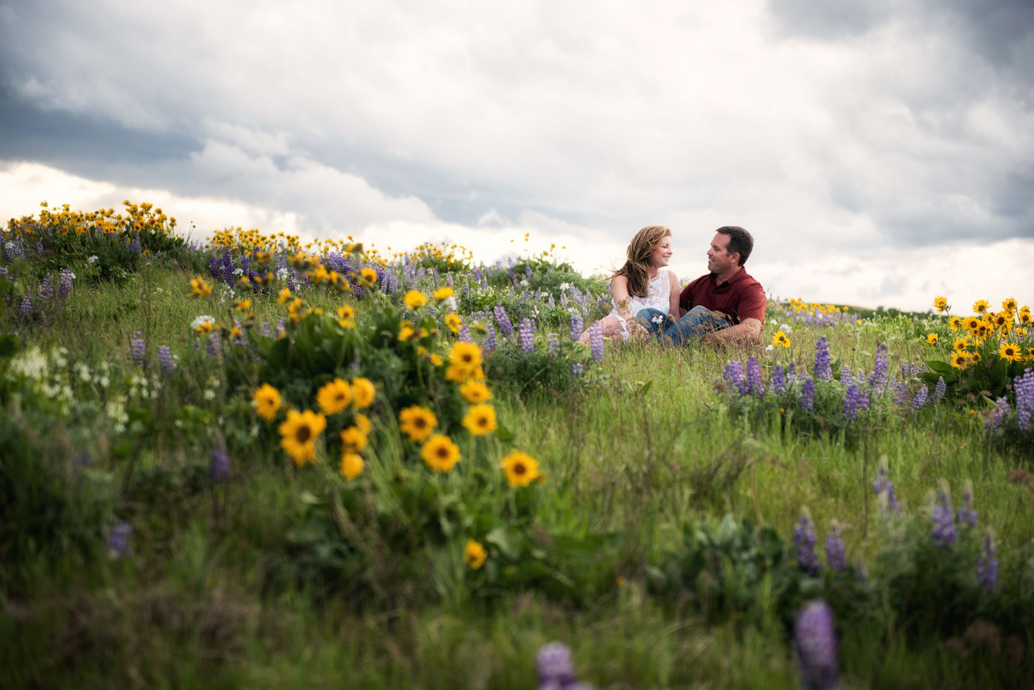 Rowena Crest Engagement Session, Columbia River Gorge, OR