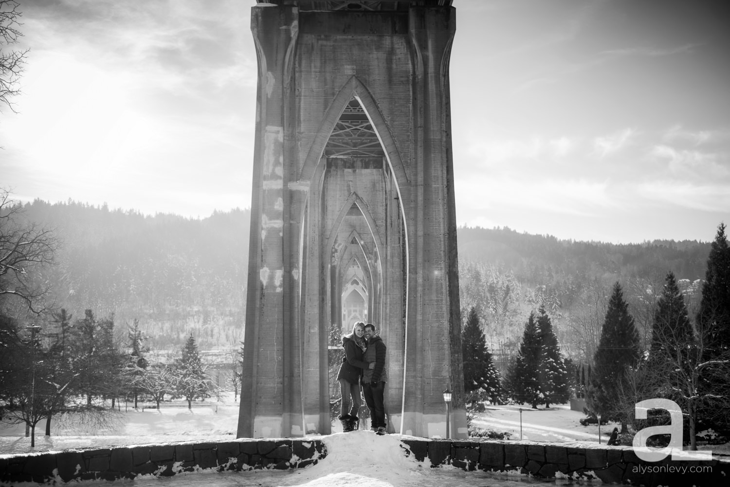 Portland-Cathedral-Park-Winter-Engagement-Session-004.jpg