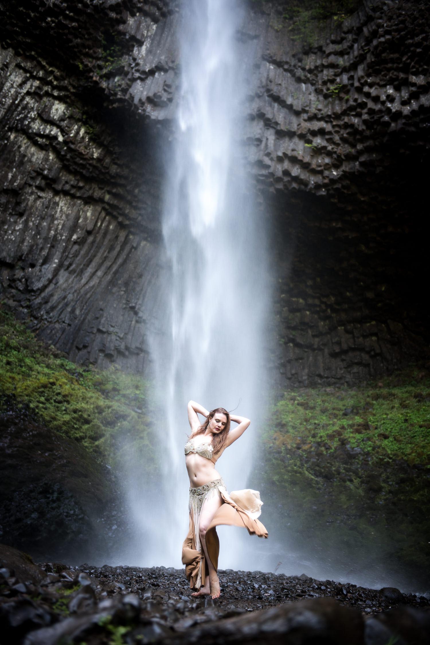 Portland-Bellydance-Photography-La-Tourell-Falls-004.jpg