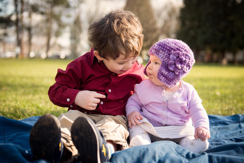 Portland-Family-Baby-Sibling-Photography-004-2.jpg