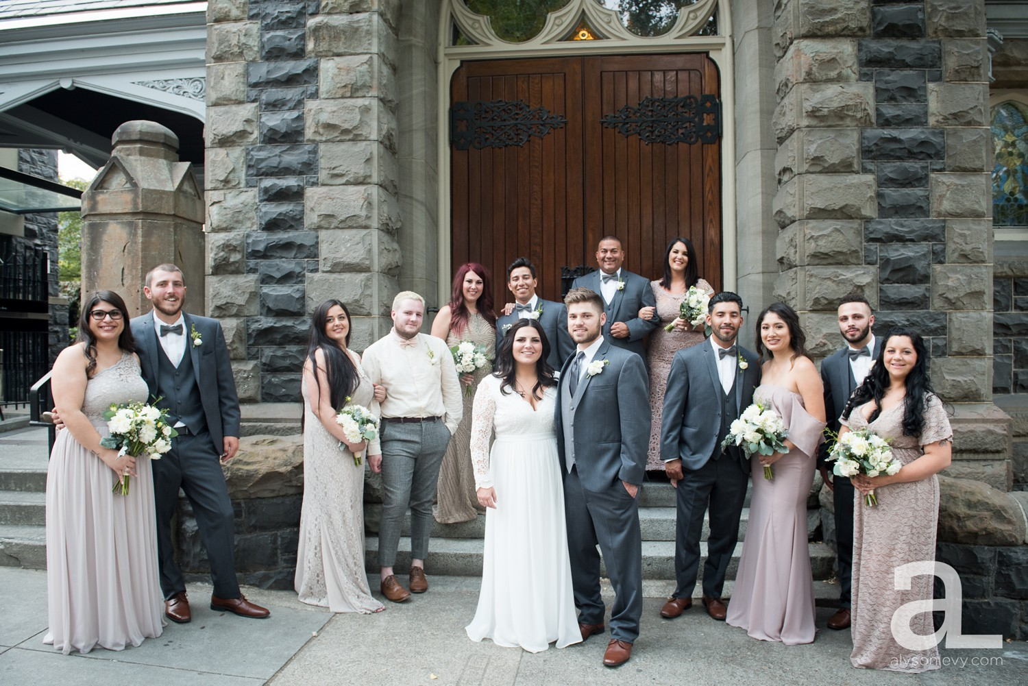 Downtown-Portland-Wedding-Photography_0054.jpg