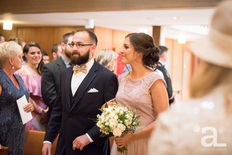 Portland-Oregon-Wedding-Photography-PortlandSpirit-Waterfront_0025.jpg