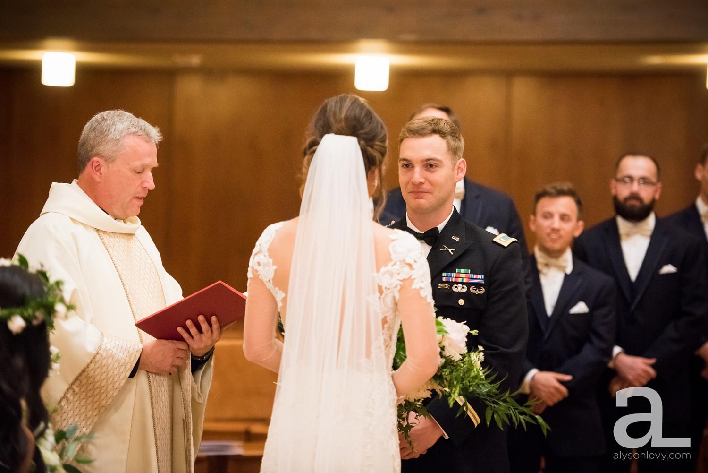Portland-Oregon-Wedding-Photography-PortlandSpirit-Waterfront_0031.jpg