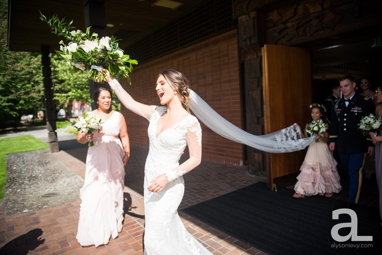 Portland-Oregon-Wedding-Photography-PortlandSpirit-Waterfront_0056.jpg
