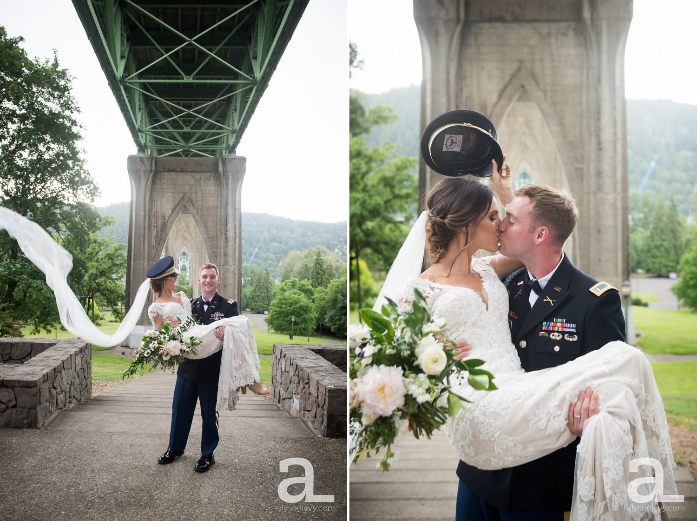 Portland-Oregon-Wedding-Photography-PortlandSpirit-Waterfront_0062.jpg