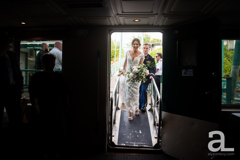 Portland-Oregon-Wedding-Photography-PortlandSpirit-Waterfront_0074.jpg