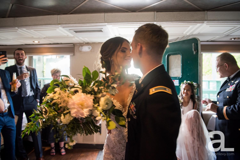 Portland-Oregon-Wedding-Photography-PortlandSpirit-Waterfront_0075.jpg