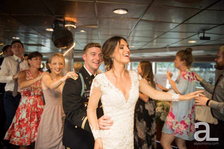 Portland-Oregon-Wedding-Photography-PortlandSpirit-Waterfront_0100.jpg