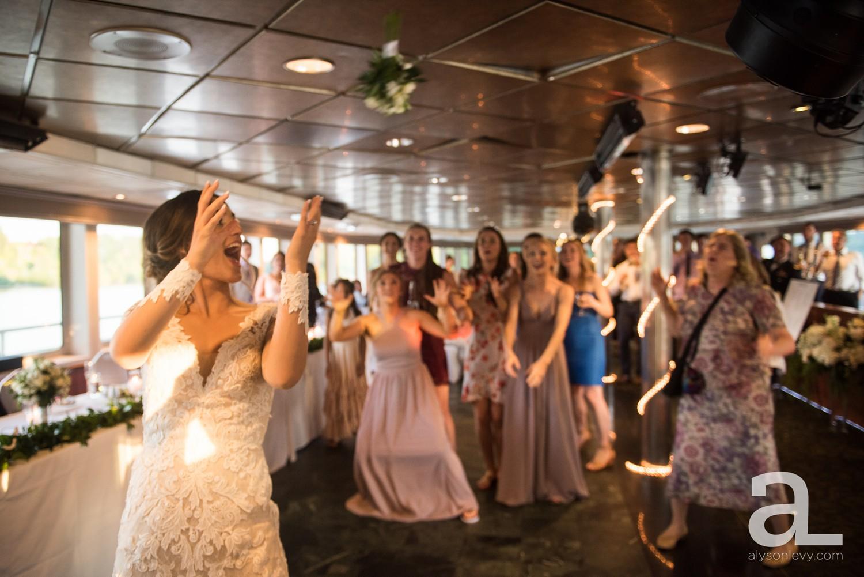 Portland-Oregon-Wedding-Photography-PortlandSpirit-Waterfront_0104.jpg