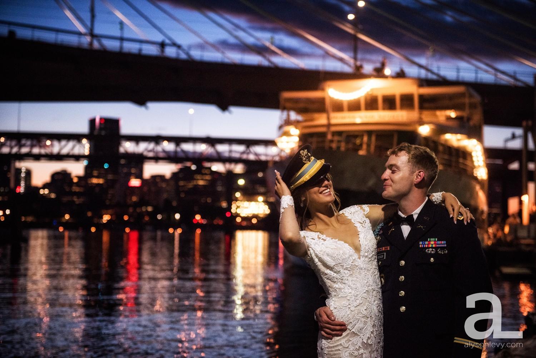 Portland-Oregon-Wedding-Photography-PortlandSpirit-Waterfront_0125.jpg