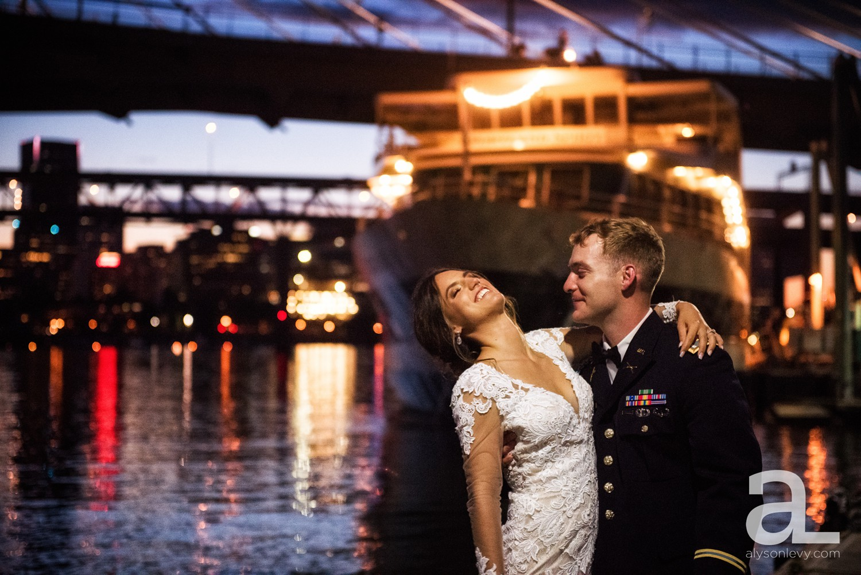 Portland-Oregon-Wedding-Photography-PortlandSpirit-Waterfront_0128.jpg