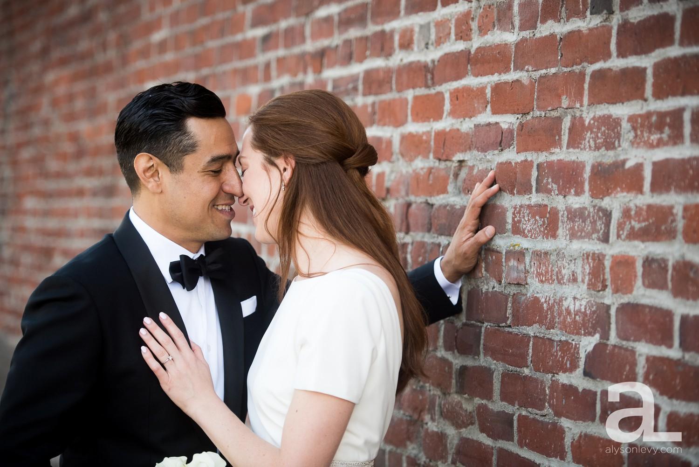 Castaway-Portland-Oregon-Urban-Wedding-Photography_0019.jpg