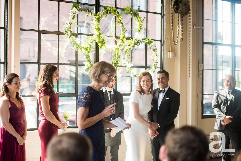 Castaway-Portland-Oregon-Urban-Wedding-Photography_0033.jpg