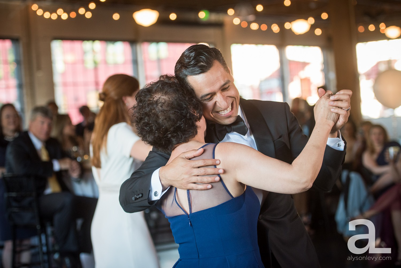 Castaway-Portland-Oregon-Urban-Wedding-Photography_0065.jpg