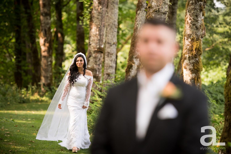 Portland-Wedding-Photography-Bridal-Veil-Lakes_0010.jpg