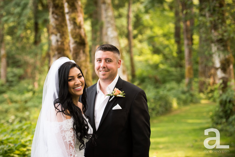 Portland-Wedding-Photography-Bridal-Veil-Lakes_0014.jpg