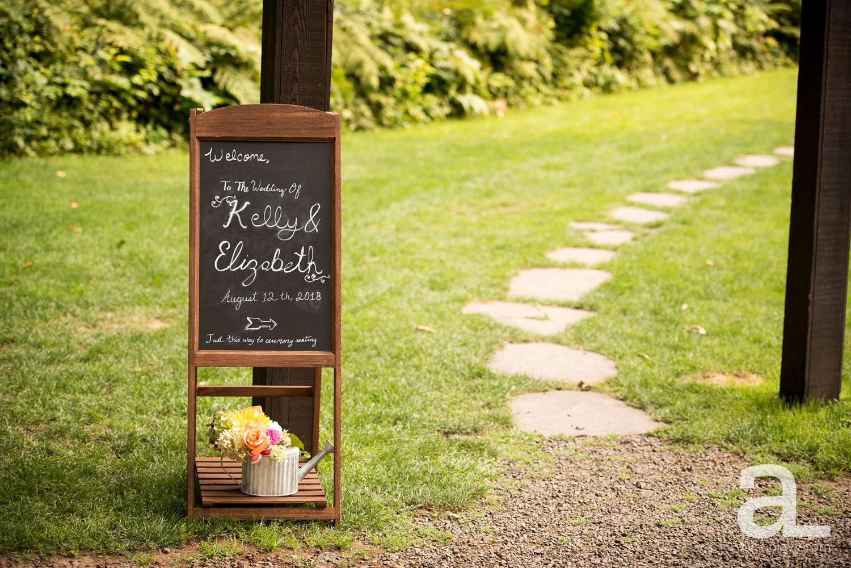 Portland-Wedding-Photography-Bridal-Veil-Lakes_0020.jpg