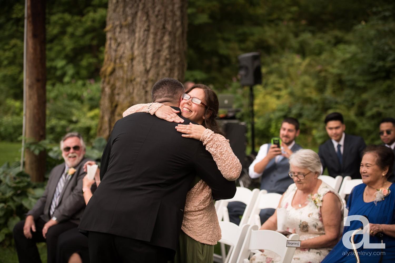 Portland-Wedding-Photography-Bridal-Veil-Lakes_0026.jpg
