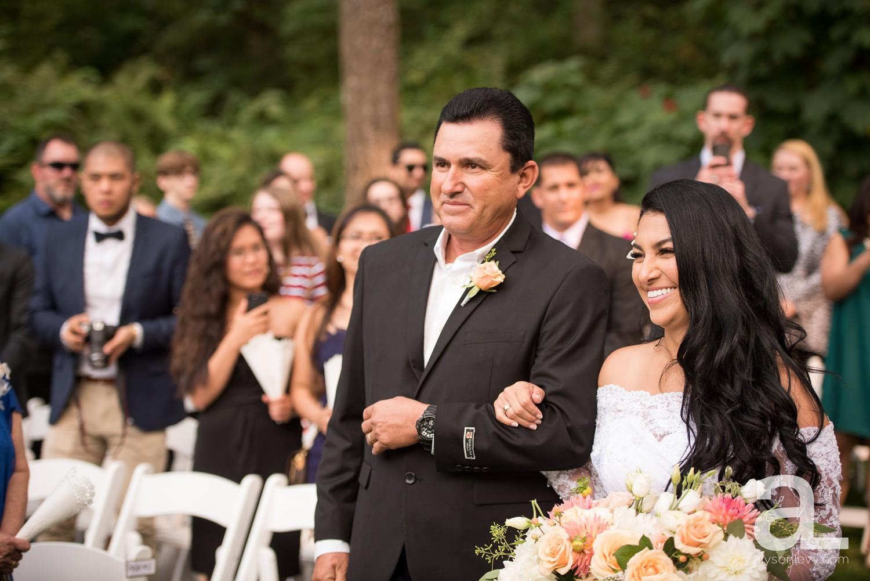Portland-Wedding-Photography-Bridal-Veil-Lakes_0028.jpg