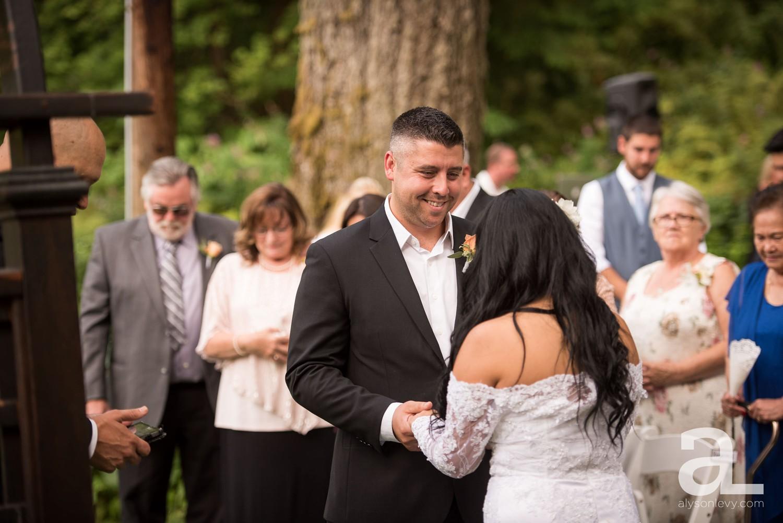 Portland-Wedding-Photography-Bridal-Veil-Lakes_0031.jpg