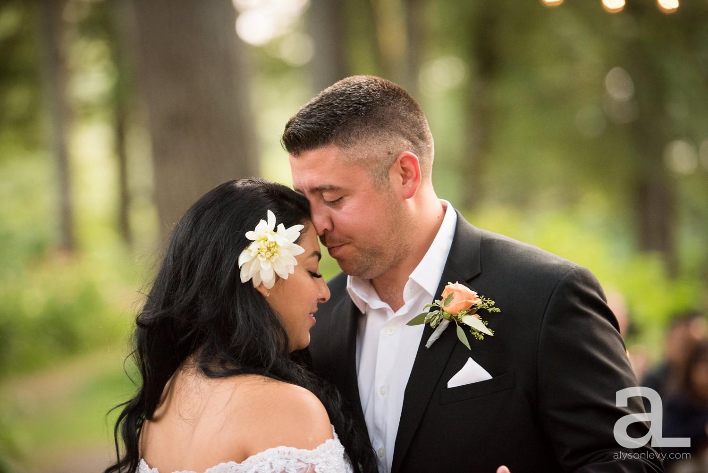 Portland-Wedding-Photography-Bridal-Veil-Lakes_0077.jpg