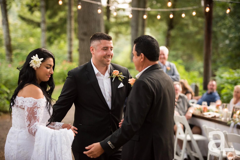 Portland-Wedding-Photography-Bridal-Veil-Lakes_0080.jpg