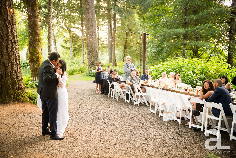 Portland-Wedding-Photography-Bridal-Veil-Lakes_0081.jpg