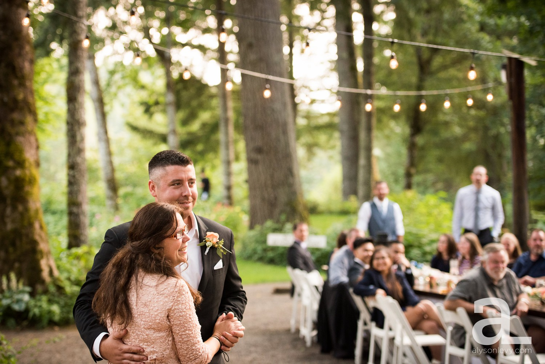 Portland-Wedding-Photography-Bridal-Veil-Lakes_0084.jpg