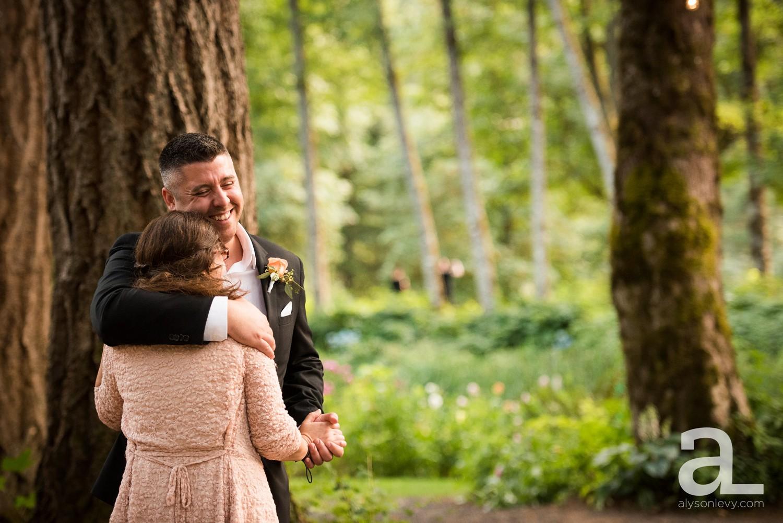 Portland-Wedding-Photography-Bridal-Veil-Lakes_0086.jpg