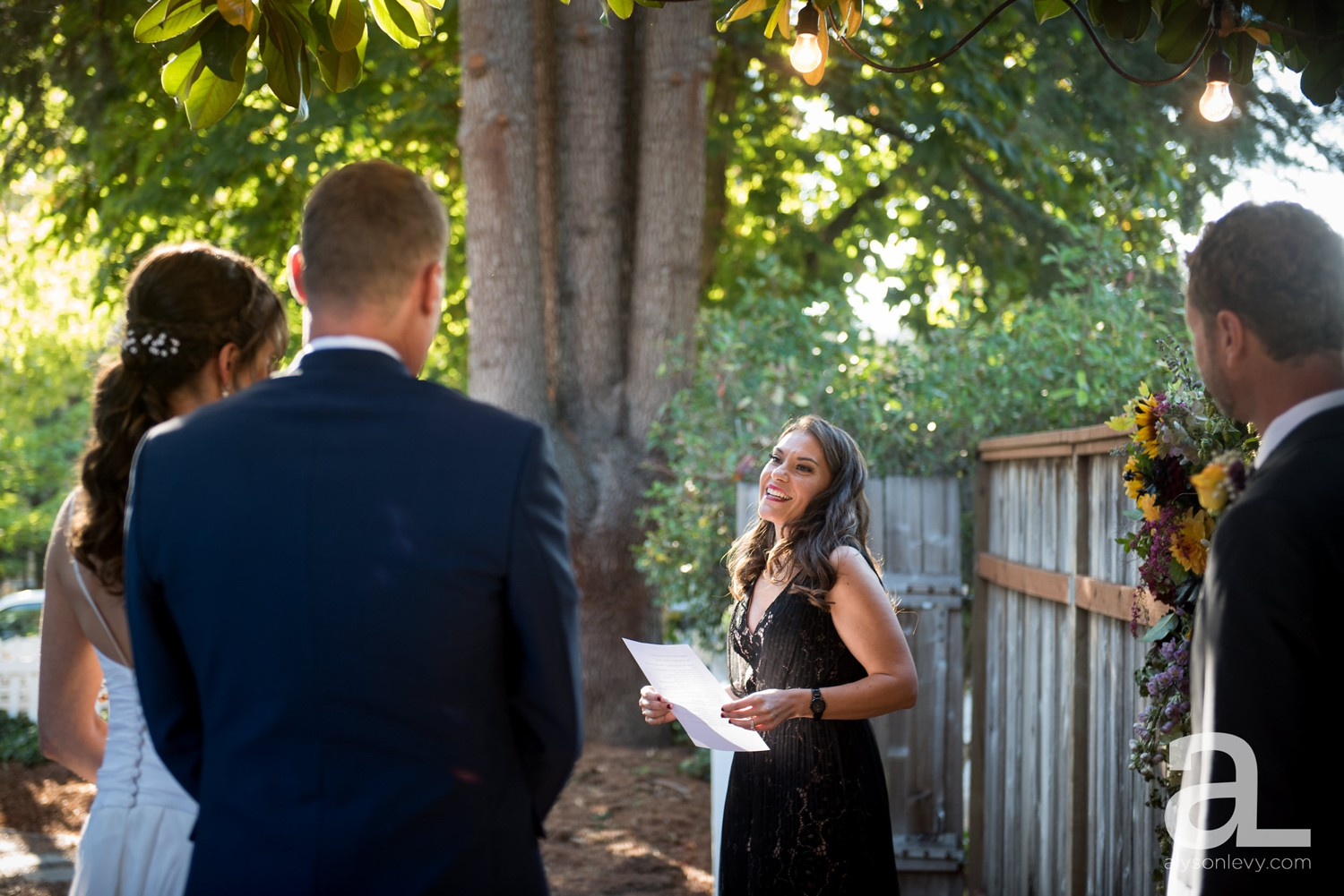 Portland-Backyard-Wedding-Photography_0017.jpg