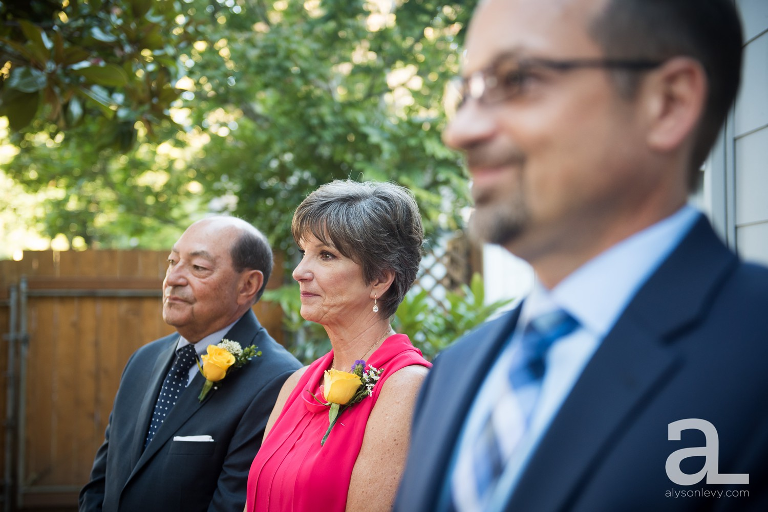Portland-Backyard-Wedding-Photography_0023.jpg