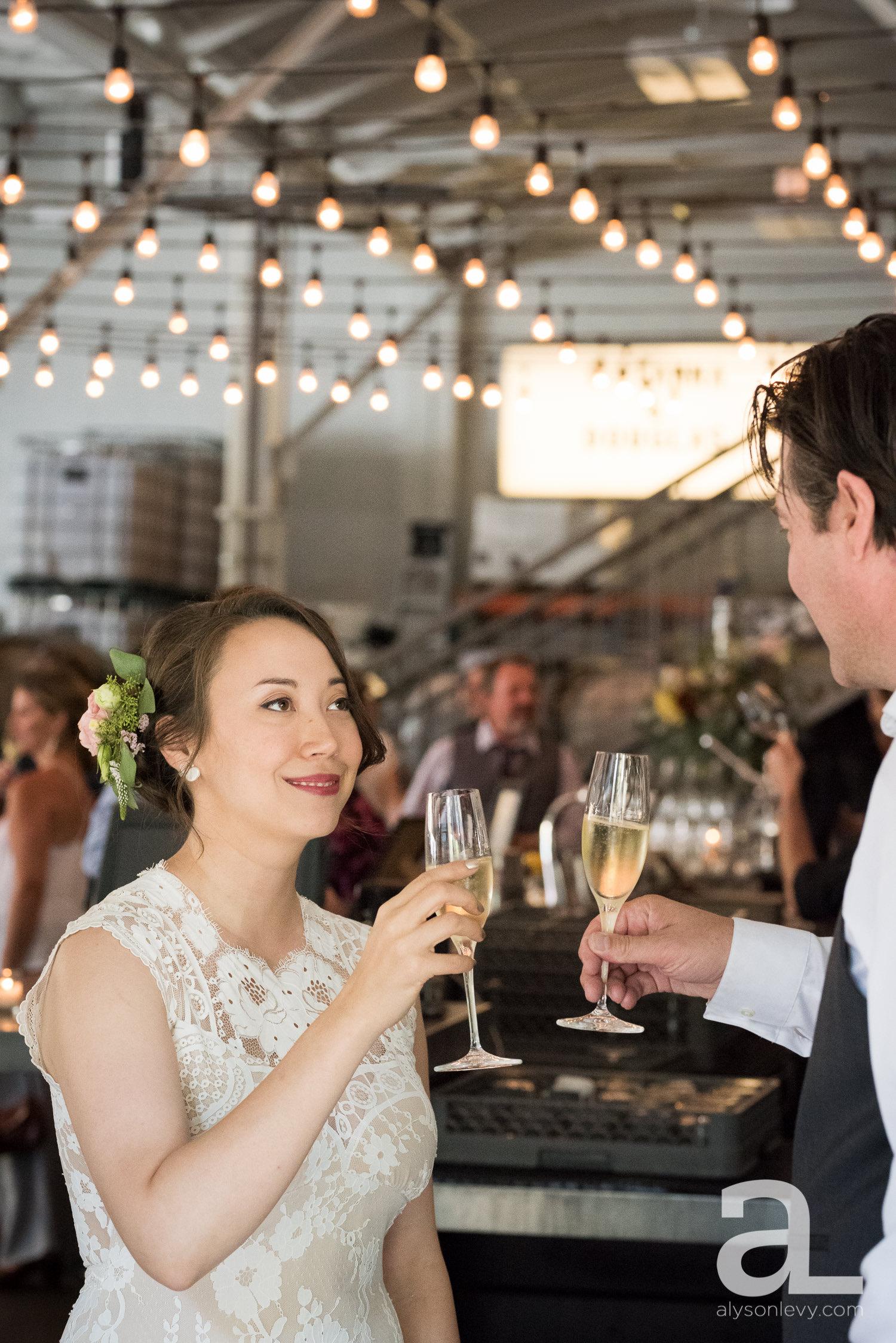 Coopers-Hall-Portland-Wedding-Photography-002.jpg