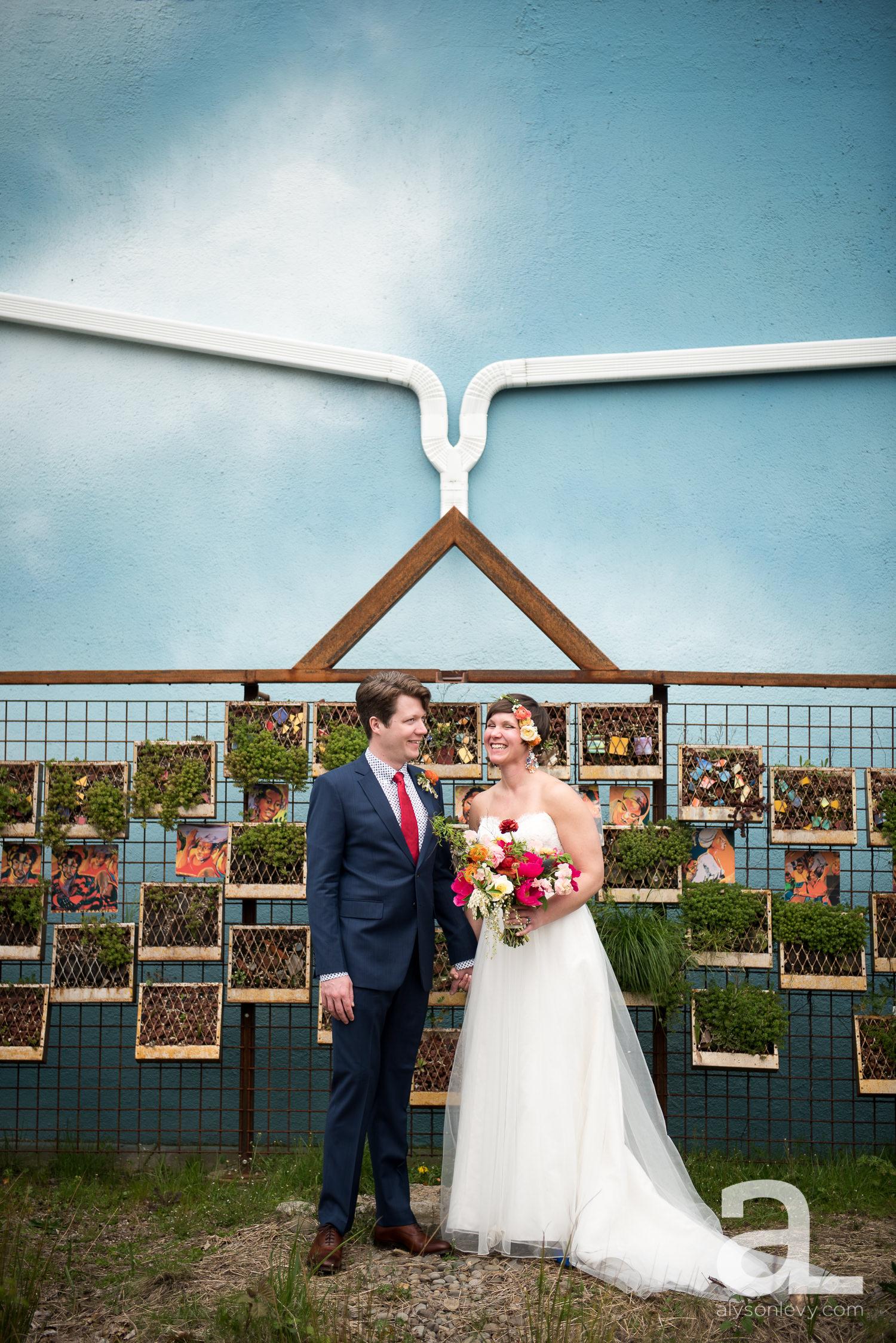 Elder-Hall-Portland-Wedding-Photography-019.jpg