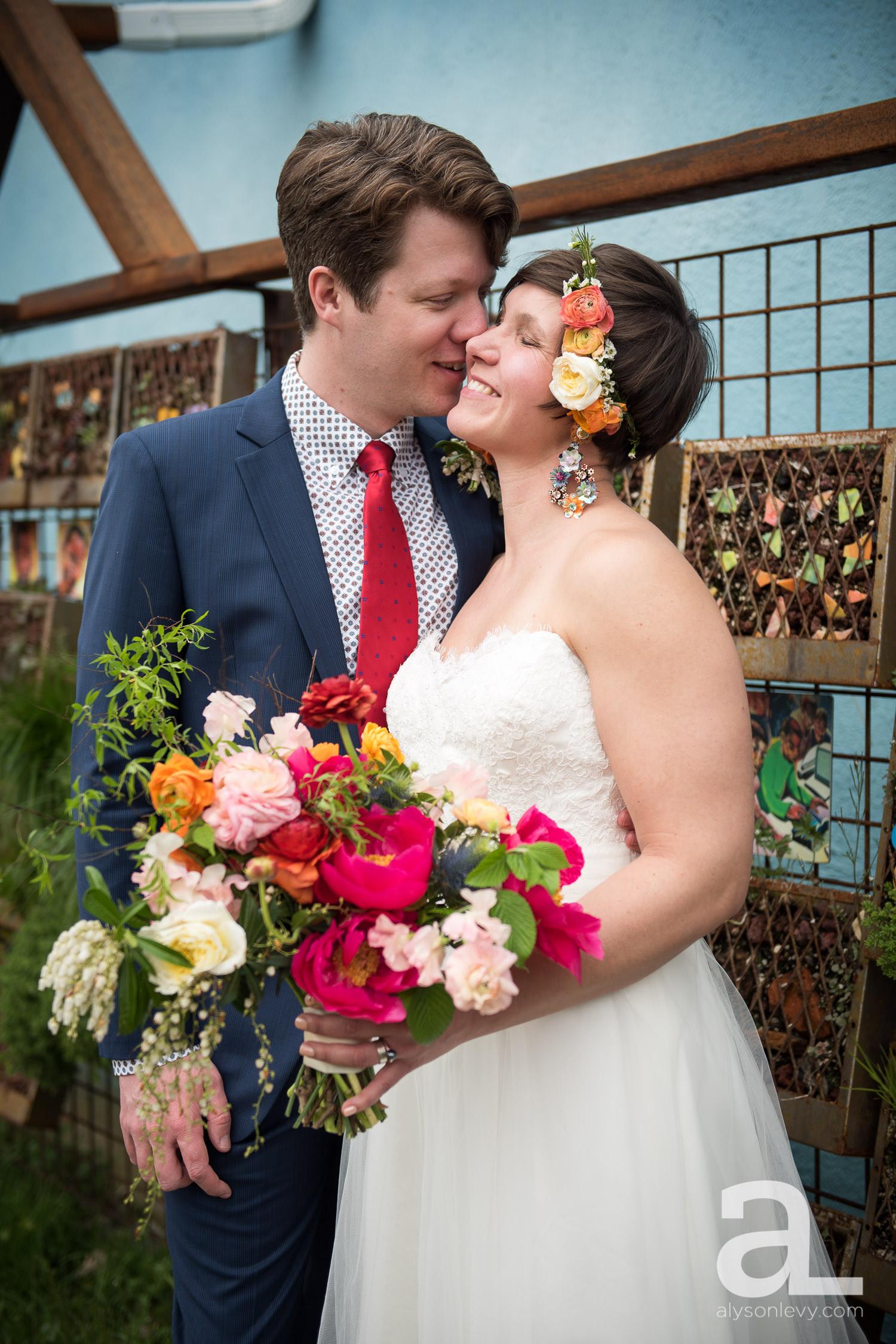 Elder-Hall-Portland-Wedding-Photography-021.jpg