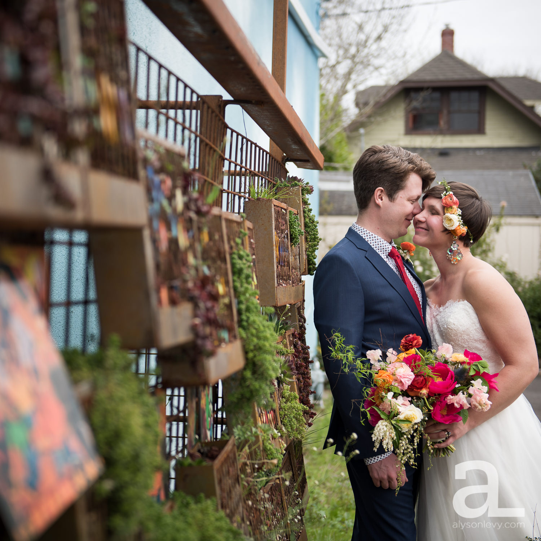 Elder-Hall-Portland-Wedding-Photography-030.jpg