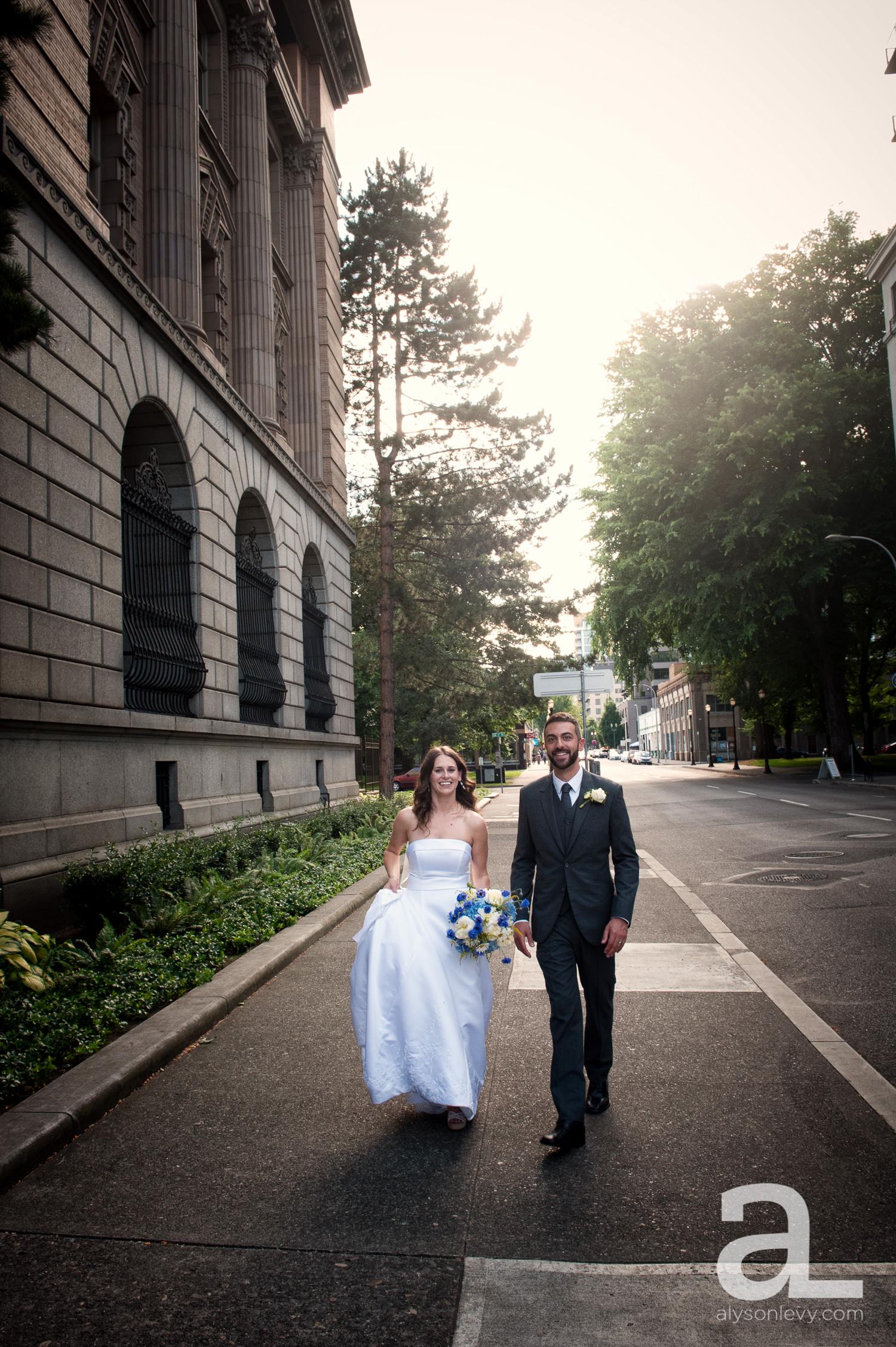 DeSoto-Rooftop-Portland-Wedding-Photography-034.jpg