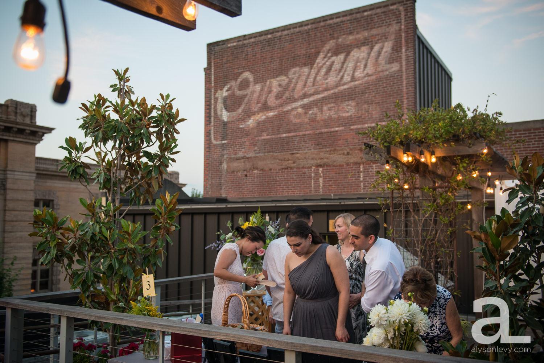DeSoto-Rooftop-Portland-Wedding-Photography-043.jpg