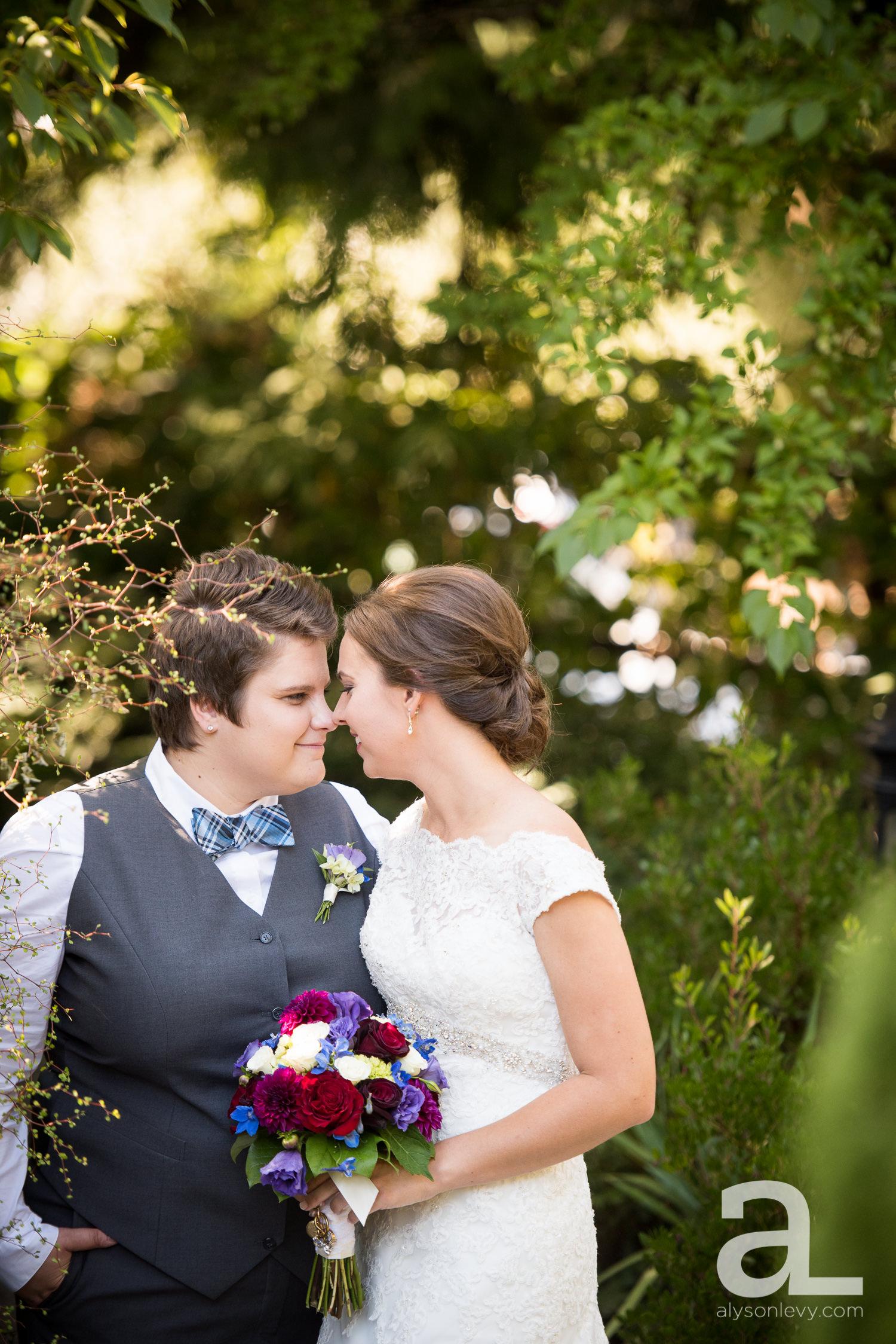 Kennedy-School-Portland-Wedding-Photography-010.jpg