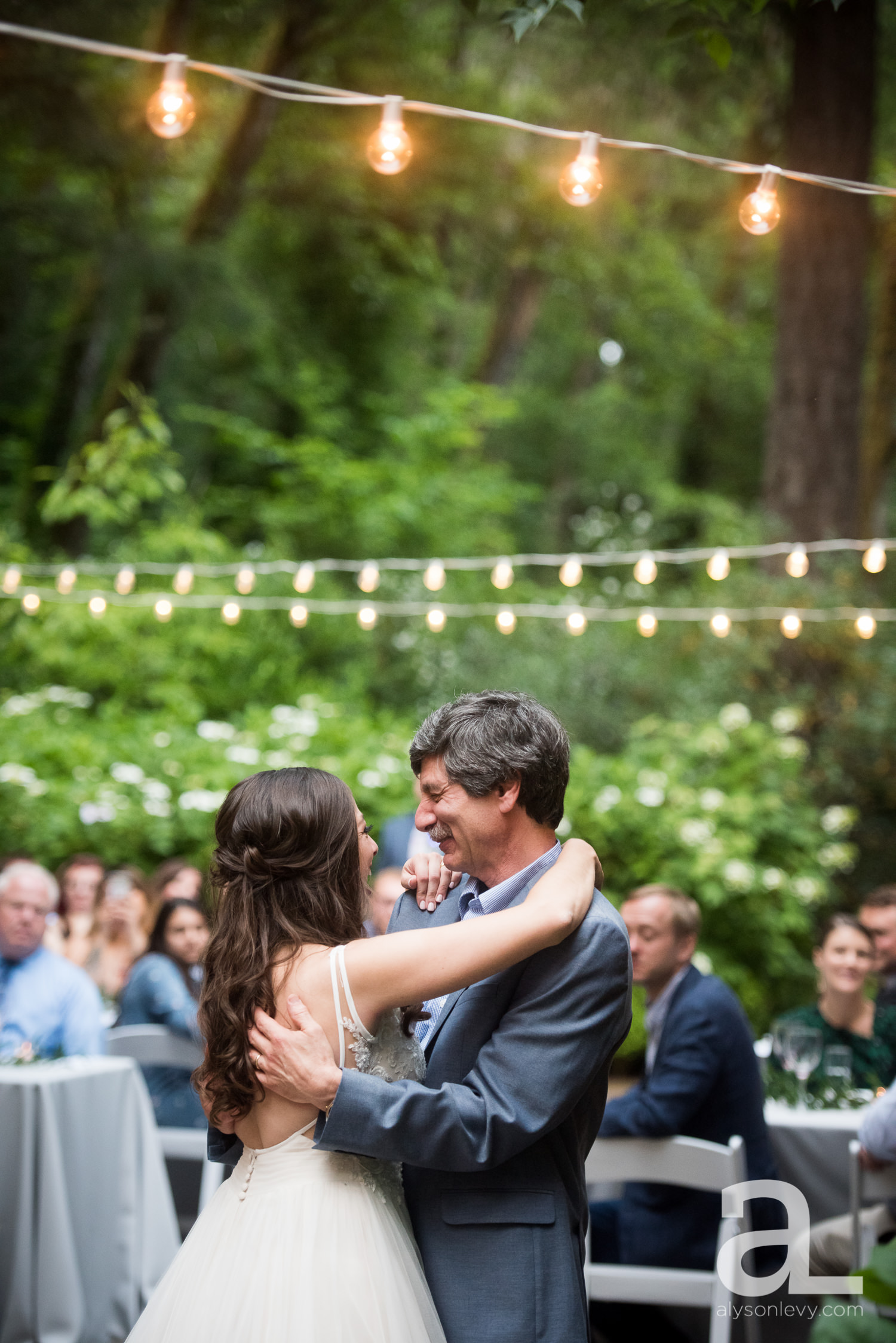 Leach-Botanical-Garden-Portland-Wedding-Photography-028.jpg
