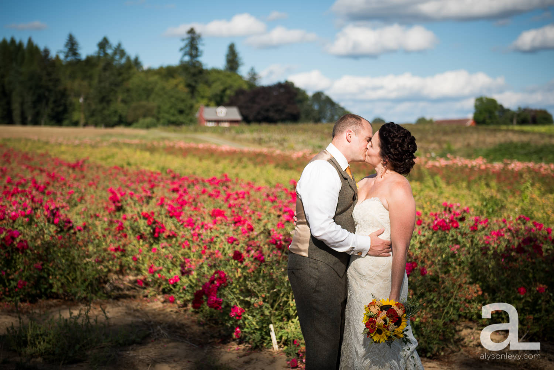 Krugers-Farm-Sauvie-Island-Wedding-Photography-011.jpg