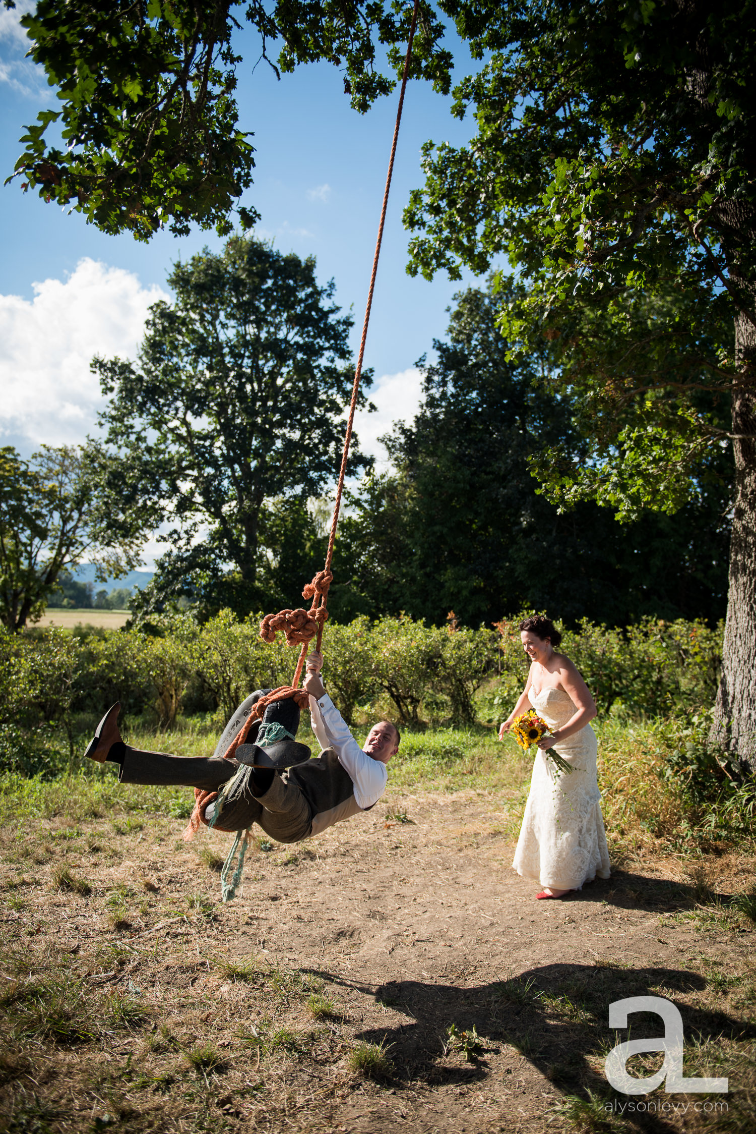 Krugers-Farm-Sauvie-Island-Wedding-Photography-013.jpg