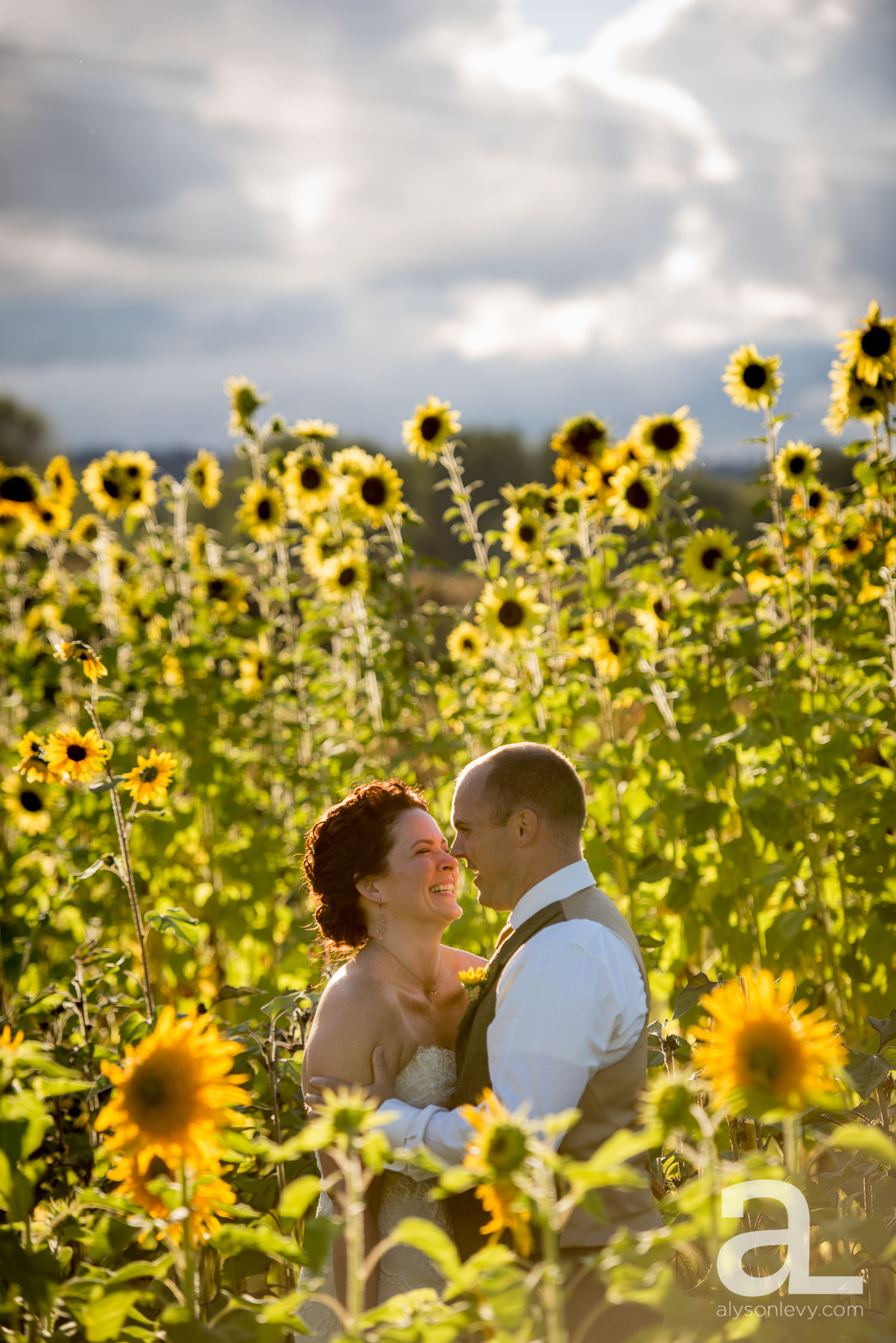 Krugers-Farm-Sauvie-Island-Wedding-Photography-020.jpg