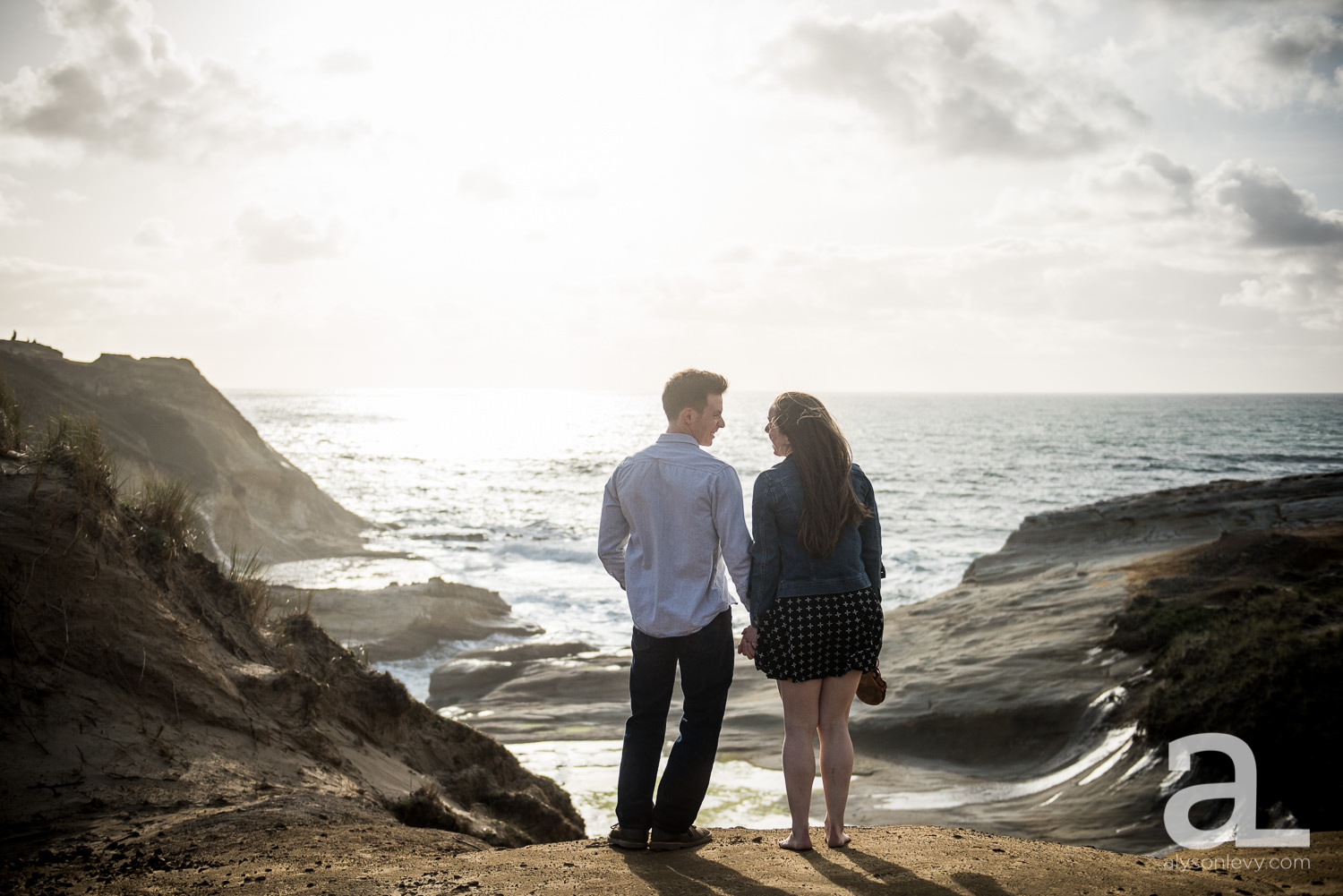 Cape-Kiwanda-Engagement-Photography-007.jpg